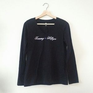 3/$20 Black long sleeve v-neck